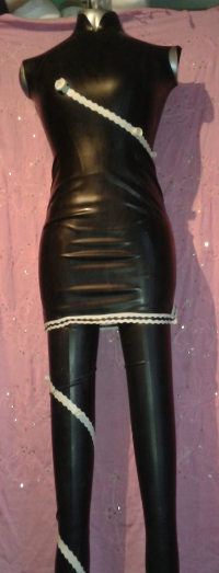 "Moon Bunny Latexkleid ""Twisting Rose"""
